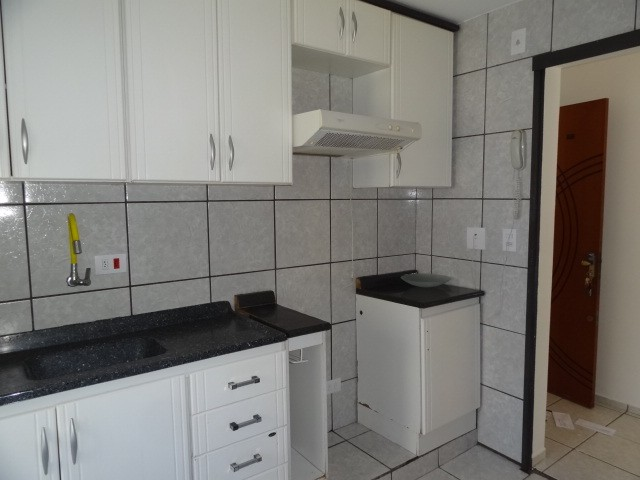 LOCAÇÃO   Apartamento, com 3 quartos em AEROPORTO, Maringá - Foto 7