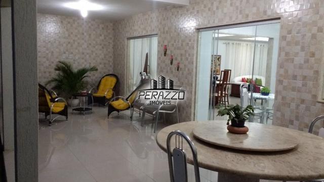 Ampla casa com 3 suítes, em excelente condomínio ( privê) - Foto 2