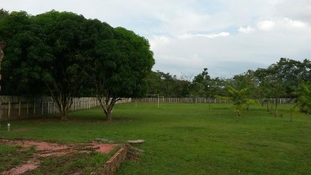 Cód. 016 - Sítio 5.500m², com casa Sede, campo de futebol e poço artesiano - Foto 2