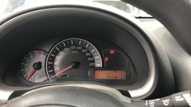 Motor Nissan March 1.6 - Foto 2