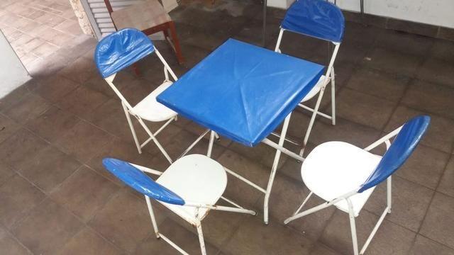 40 conjuntos de mesa e quatro cadeiras de ferro, R$80,00 cada jogo - Foto 2