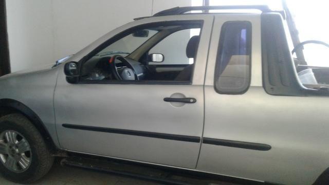 Vendo Fiat Strada Adventure 1.8 2005 - Só pegar e rodar!