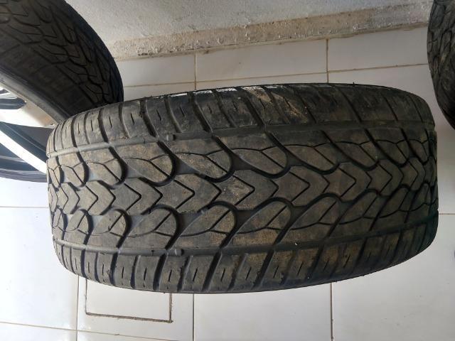 Jogo de roda aro 22 com pneus semi-novos - Foto 3