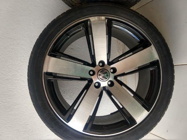 Jogo de roda aro 22 com pneus semi-novos - Foto 2