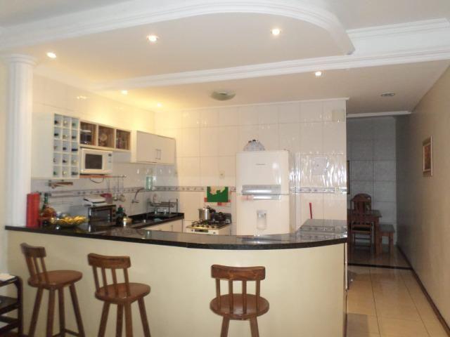 Casa Excelente Bem Localizada - Foto 2