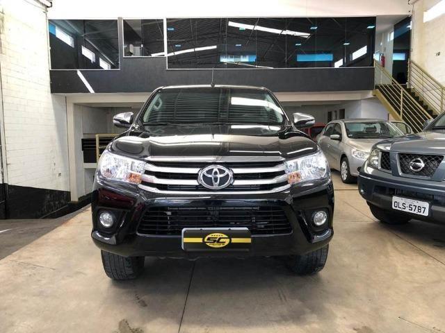 Toyota Hilux 2.8 Sr TDI Automática 16.16