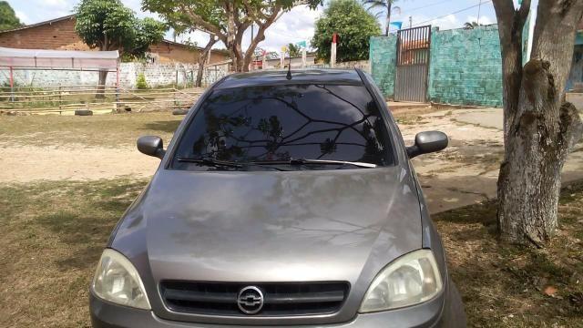 Vendo ou troco Carro Chevrolet Corsa / valor negociável - Foto 2