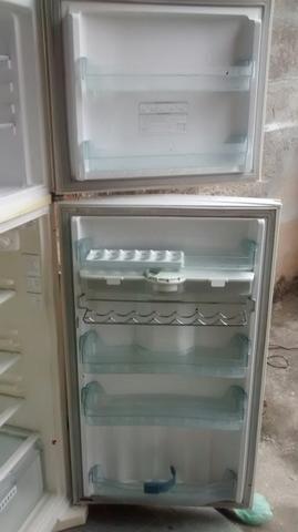 Geladeira Frost Free - Foto 5