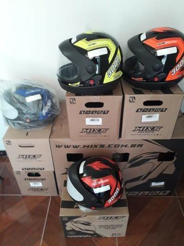 Promoção de capacetes novos de R$ 120 por R$ 85