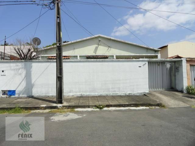 CA0007 - Casa com 3 dormitórios à venda, 240 m² por R$ 530.000,00 - Vila União.