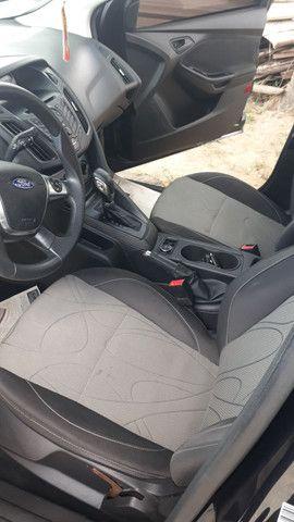 Ford Focus Sedan .S 2.0  - Foto 9