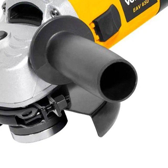 Esmerilhadeira Angular 650W + 3 Discos Vonder Garantia de 1 Ano - Foto 3