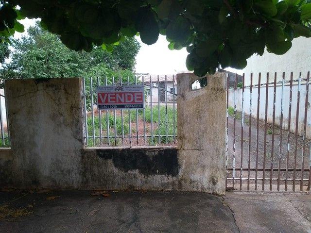 VENDA   Casa, com 2 quartos em JD SANTOS DUMONT, PARANAVAI