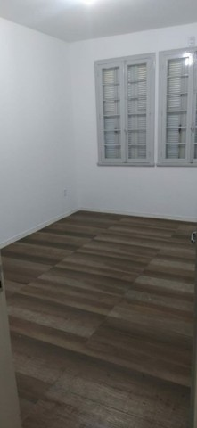 Alugo apartamento na Av Cristóvão Colombo térreo 2 quartos 75m2 - Foto 2