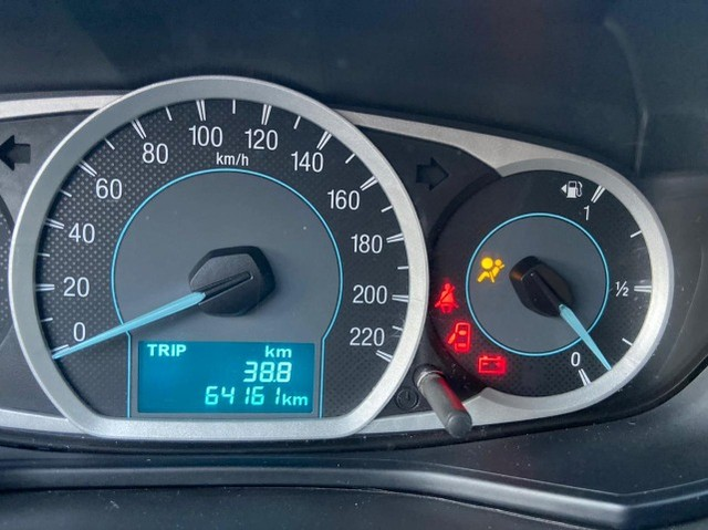 Ford Ka+ Sedan 1.5 Se Plus 16v Flex 4p 2018. Financio 100%. - Foto 11