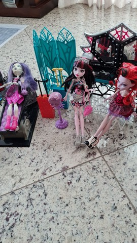 Kit monster high bonecas - Foto 5