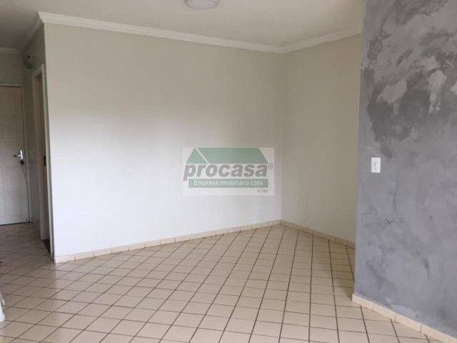 Aluga-se um otimo apartamento por R$ 2.000,00 contendo 2 dormitorios