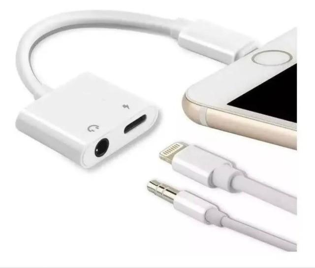 Adaptador Para iPhone Dual Lightning Carrega Fone Duplo P2