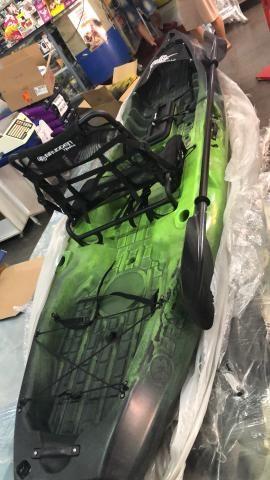 dcfca73a9a Caiaque Brudden Combat Fishing Verde e preto