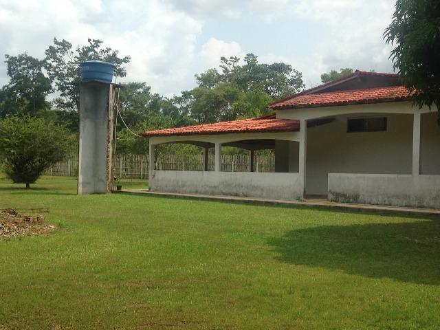 Cód. 016 - Sítio 5.500m², com casa Sede, campo de futebol e poço artesiano