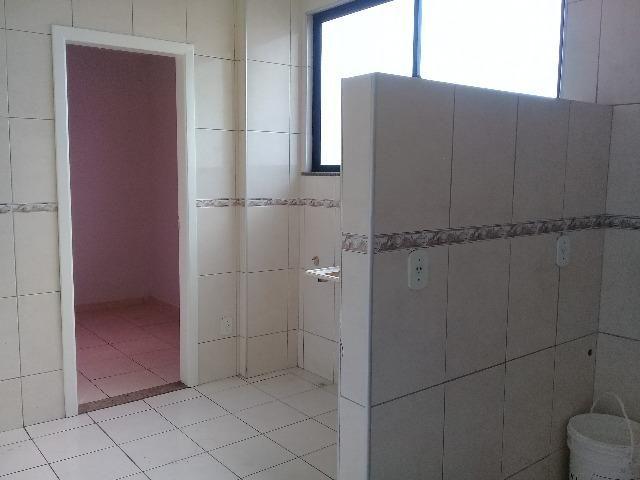 Vende-se Excelente apartamento, elevador próximo a Rei França, Eldorado - Foto 15