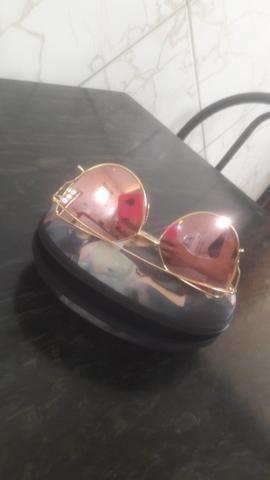 d02f09e22ac9d Vendo esse lindo óculos espelhado usado 2 vezes sem nenhum arranhão ...