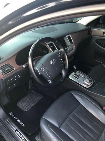 Carro Hyundai Genesis. Aceito troca por imovel (Até 150 mil) ou carro - Foto 5