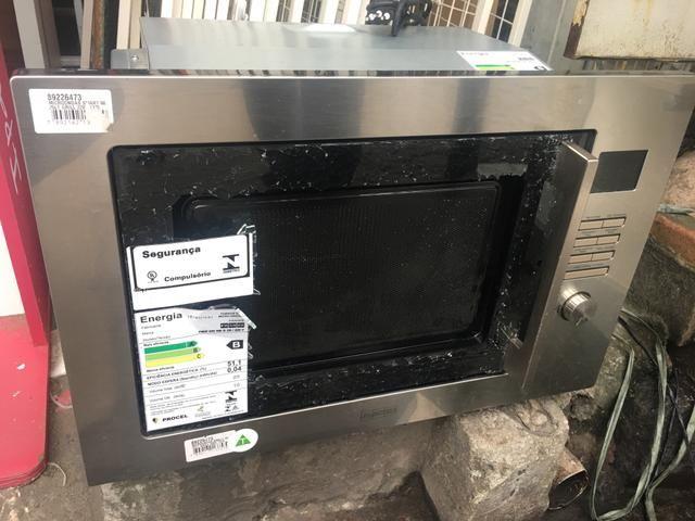 Microondas de embutir Franke modelo Smart 60. Novo!!!! Precisa colocar o vidro frontal - Foto 4