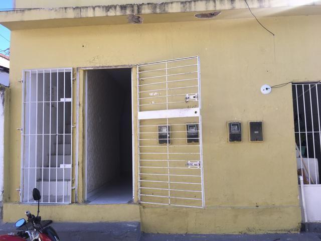 Aluga- se casa na madalena LEIA A DESCRIÇÃO