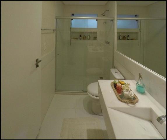 Bela Casa térrea , 240m², 4 quartos, 4 vagas, em alphaville 2/one - Foto 3