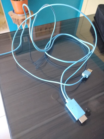 Cabo USB três em um - Foto 2