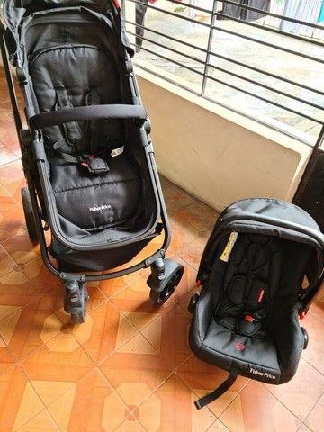 Carrinho e bebê conforto Fisher Price