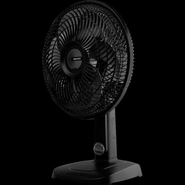 Ventilador De Mesa Malloryts30 Preto Com 6 Pás 220 Volts - Foto 2