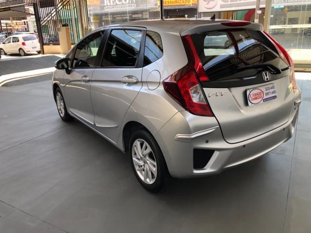 Honda Fit LX 1.5 Prata - Foto 4