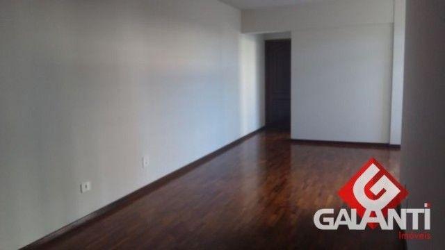 LOCAÇÃO   Apartamento, com 3 quartos em CENTRO, MARINGÁ - Foto 4