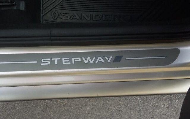 Stepway Automático 2014 Completo Multimídia Couro Estudo troca! - Foto 20