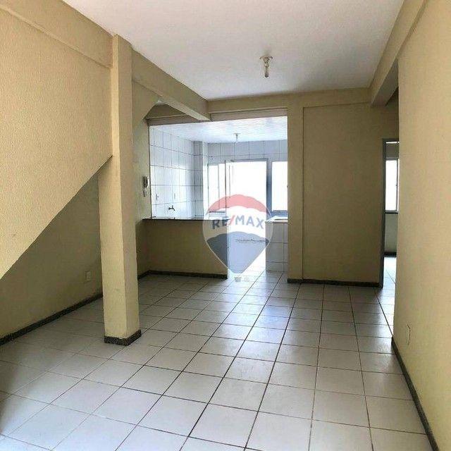 Apartamento com 2 dormitórios para alugar, 53 m² por R$ 790,00/mês - Edson Queiroz - Forta - Foto 6