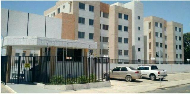 Vendo apartamento 3 quartos sendo 1 suíte, no bairro Santo Antônio