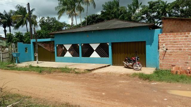 Casa a 100 mts do asfauto da rua aruba zona leste