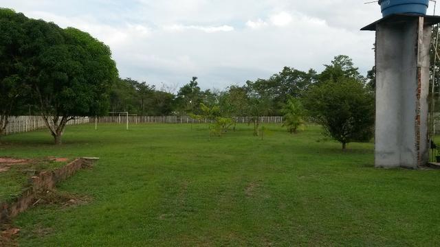 Cód. 016 - Sítio 5.500m², com casa Sede, campo de futebol e poço artesiano - Foto 4