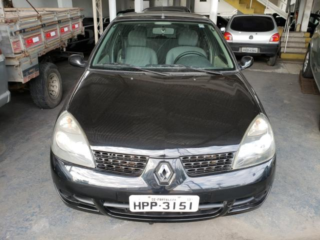 RENAULT CLIO 2003/2003 1.0 AUTHENTIQUE 8V GASOLINA 4P MANUAL