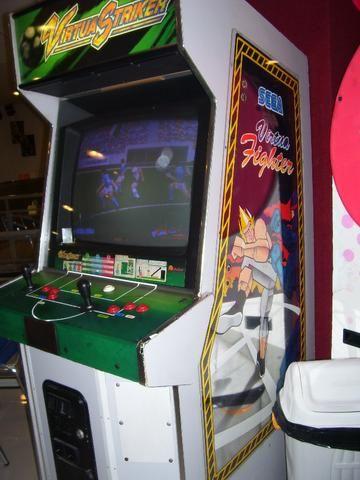 Máquina Fliperama Virtua Striker Simulador Original Sega - Foto 2