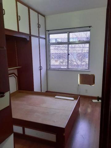 Apartamento de Frente em Irajá, 03 Dormitórios, Varanda, Garagem etc - Foto 5