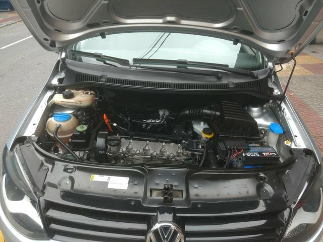 VW Fox 1.6 Trend GII Prata Completo 2014 2º Dono R$ 32.900,00 - Foto 10