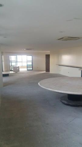 Exclusividade/ 504 m2 sendo UM por andar/ 4 suítes com varanda e closed