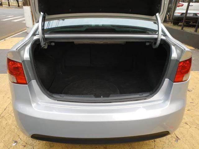 Kia Cerato 1.6 EX 2010 - Foto 14