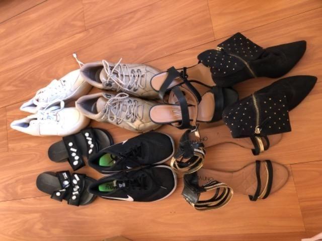 7 pares de sapato tam 39 por 250 reais