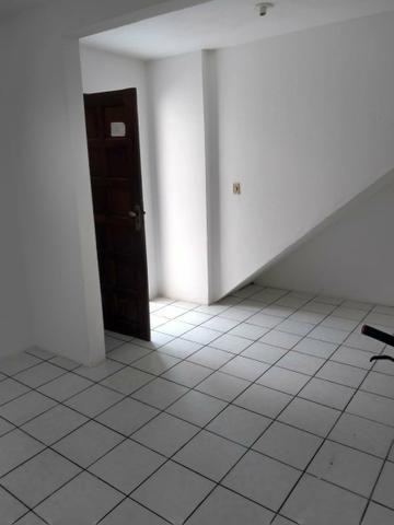 Alugo casa ampla e bem ventilado - Foto 2