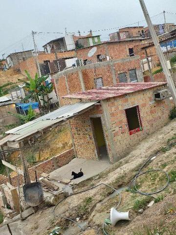 Vendo casa na invasão João Paulo2 zona leste