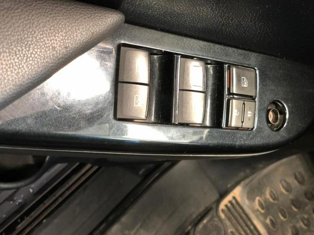Toyota Hilux 2.8 Sr TDI Automática 16.16 - Foto 11